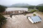 Затопление: вода стояла в семиквартирнике несколько суток