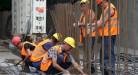 Мигранты на стройках: въезд могут упростить