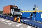 Около крупных строек ввели входной контроль грузовых машин